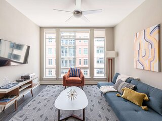Kasa | Denver | Family Ready 2BD/2BA Riverfront Apartment