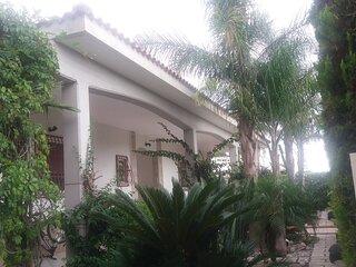 Villa Belmare a 150 metri dalle spiagge del Salento