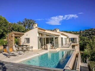 190369 villa, 4 bedrms,panoramic sea views,heated infinity pool,airco, beach 1km