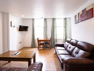 Beautiful 3-Bed Apartment in Sheffield
