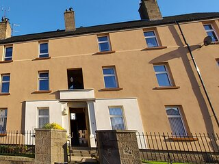 Stunning 3-Bed Apartment in Dundee