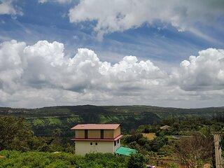 Kusum Palace Bungalow Mahabaleshwar