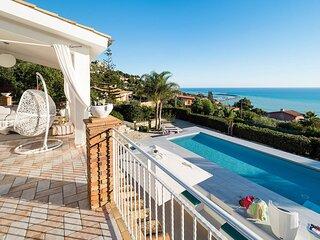 Licata Villa Sleeps 6 with Pool Air Con and WiFi - 5872633