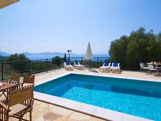 Tzamarellata Villa Sleeps 7 with Pool and Air Con - 5873704