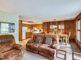Comfortable condo 200 yards from Lift 1A