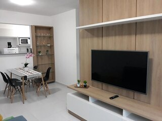 2 bedroom apartment with air conditioner, close to the beach and shopping