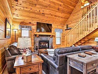 NEW! Sevierville Cabin w/ Deck Near Pigeon Forge!
