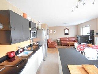 Appartement 5 personnes en centre ville d'Evian, proche des commerces.