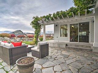 NEW! Family Home on Lake Chelan w/ Mtn + Lake View