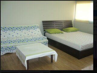 T8 Guest House Don Mueang Challenger triple room