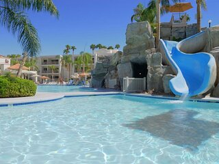 A Truly Gorgeous Resort! 1 Amazing 2BR Unit, Pool, Spa