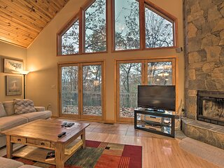 NEW! Wintergreen Resort Cabin w/ 2 Decks & Hot Tub