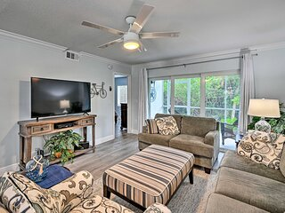 NEW! Modern Naples Bay Escape: 2 Mi from Downtown!