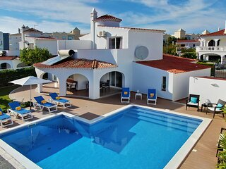 Villa Francella - Nice and relaxing holiday - Praia da Oura - Algarve