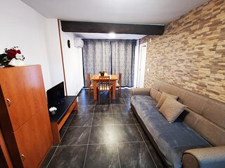 Holiday apartment in Platja d'Aro on the seafront and nearby the centre-SUNTOWER
