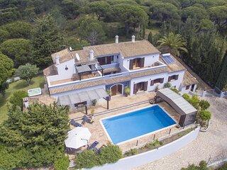 Villa Arrochela
