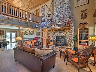 NEW! Amenity-Packed Cabin w/ Game Room & Mtn Views