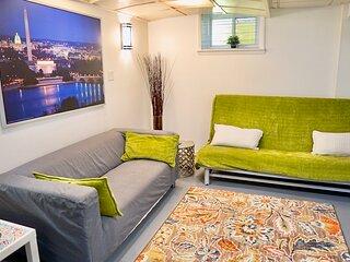 Cozy 2-bedroom Washington DC -sleeps 6 w/free parking