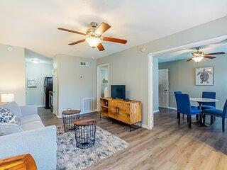 New listing! Centrally-located, dog-friendly condo - near the beach