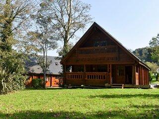 1 Sunset Lodge