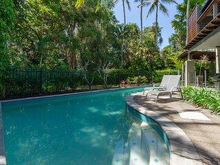 Leilani Tiare - 3 Bedroom Beachfront Villa