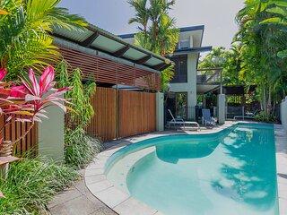 Leilani Melia - 3 Bedroom Beachfront Villa