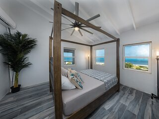 Eagle's Nest Loft at The Lookout - Beachfront w/AC