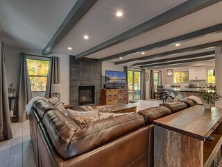 5 Bedroom Home, Just Minutes to Heavenly & Lake Tahoe (SL196)