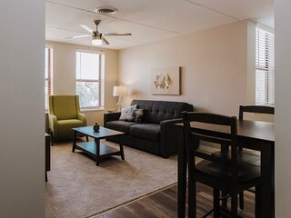 ~  Historic Mass Ave Flat ~ Student and Healthcare Discounts! ~