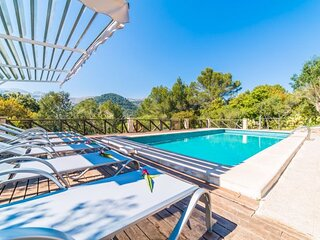 Ullaro Holiday Home Sleeps 8 with Pool Air Con and WiFi - 5874358