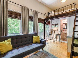 Modern Downtown Loft Suite