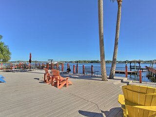 NEW! Waterfront House on Kings Bay w/ Dock & Lift!