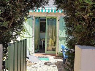 Pavillon dans résidence avec piscine au cur d'Argeles / mer-6PMER120