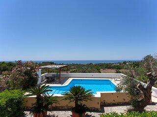 Tipica villa fantastica vista mare e piscina m600