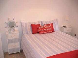 Family Self-Catering Ireland - Bundoran Beach Balcony Apartment-Sleeps 7 & Baby