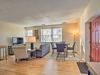 NEW! Cozy Omaha Condo - 6 Mi to Henry Doorly Zoo!