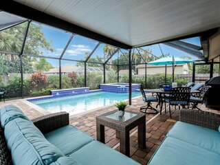 Naples Park Pool/Spa Home-Tropical Oasis-West of 41-close to beach,shopping & di