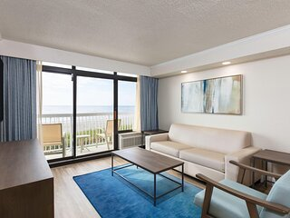 Oceanfront Condo Steps from Beach & Family Kingdom w/ Resort Pool & Lazy River