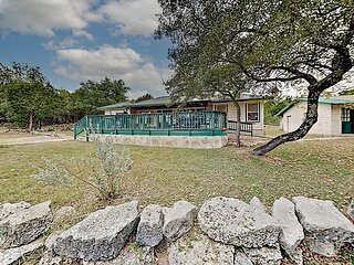 Hill Country Escape on 10 Acres | Boat Parking | Grill, Pavilion & Fire Pit