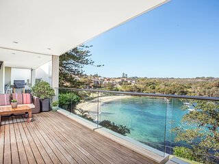 Little Manly Treasure/ Exclusive Eastern Hill Setting
