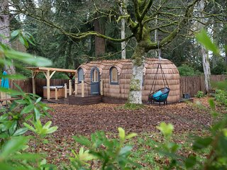 Luxury Forest Cabins in the woodlands of Culdees Castle