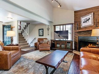 5 Min Walk To Bus Stop, Access Vail or Beaver Creek, Eagle Vail Townhome Located