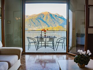 Bellagio Villas - Turandot with frontlake patio and direct access to the Lake