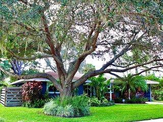 Sarasota Home {Namaste at the Beach}
