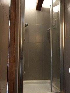 Salle d'eau privée chambre LOUIS