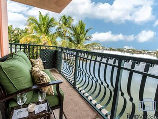 Waterfront Townhome off Gulf Shore Drive w/Boat Dock & Private Beach access acro