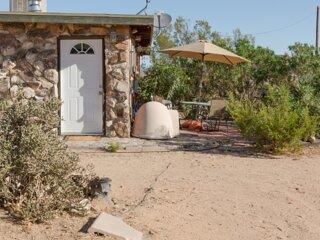 Ranch du Soleil, Homestead Cabin Retreat: Joshua Tree, Landers, Johnson Valley
