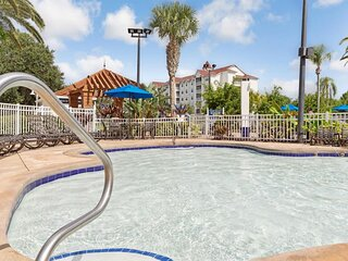Perfect Orlando Getaway! 2 Lovely 3BR Units, Full Kitchen, Pool, Beach