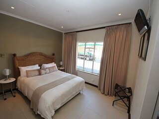 Beautiful Suite room in Bb - Close to Johannesburg