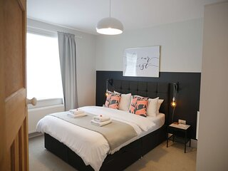 Host & Stay | No. 8 Newcastle
